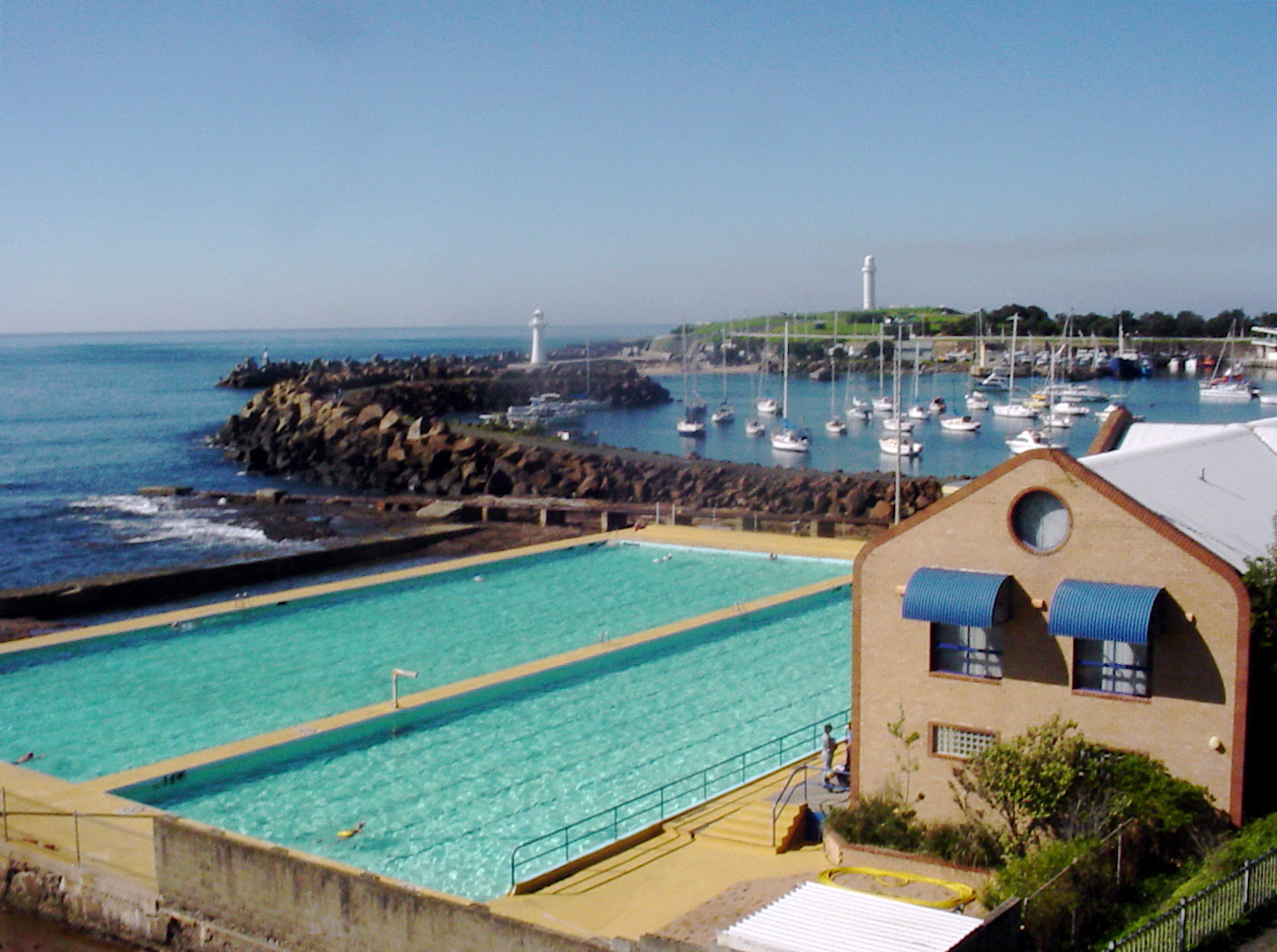 Wollongong Continental Baths (Wollongong Central Baths)